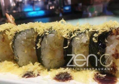 "Futo ebiten <br> <span class=""dish-desc"">(tempura di gamberi, croccante di patate, salsa teriyaki)</span>"