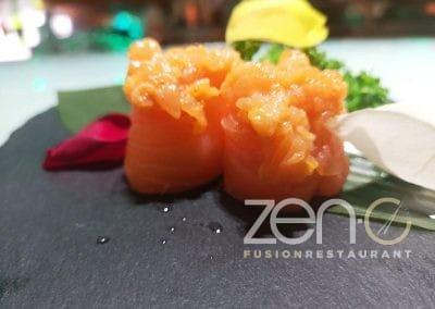 "Gunkan spicy Salmon special <span class=""circle-text""></span>"