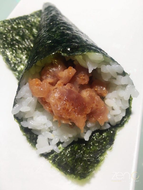 Temaki spicy tuna