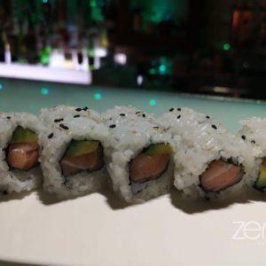 Uramaki salmone e avocado