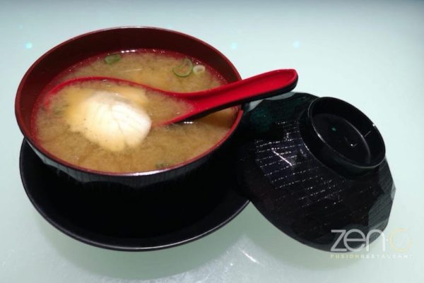 Zuppa giapponese
