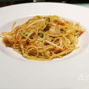 Spaghetti Italy saltati con gamberi e verdure